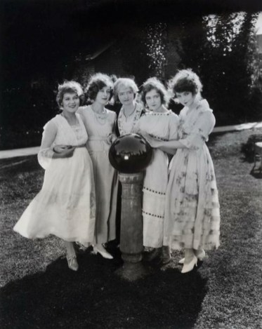 Mary Pickford, Mildred Harris Chaplin, Mary, Dorothy, and Lillian Gish