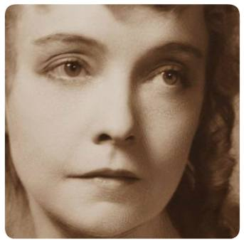 Photographer Vandamm - NYPL Lillian Gish as Ophelia in Guthrie McClintic's Hamlet 1936 - detail