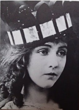 dorothy gish - as photographed for - dorothy and lillian gish - by lillian gish 32