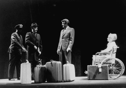 "Lillian Gish (R), Alan Webb (2L) and Hal Holbrook (2R) in a scene from the Broadway production of the play ""I Never Sang For My Father""."