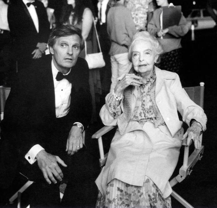 sweet liberty, from left writer-director-actor alan alda, lillian gish, on set, 1986 universal detail