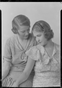 Nell Dorr (1893-1988); [Portrait of two women view 2]; nitrate negative; Amon Carter Museum of American Art; Fort Worth TX; P1990.47.3484