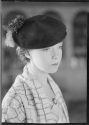Lillian Gish in Feathered cap profile by Nell Dorr cca 1930 Amon Carter TX
