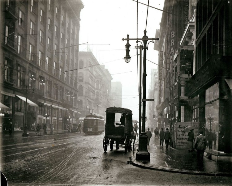 St. Louis Streets in the Early 20th Century (2)