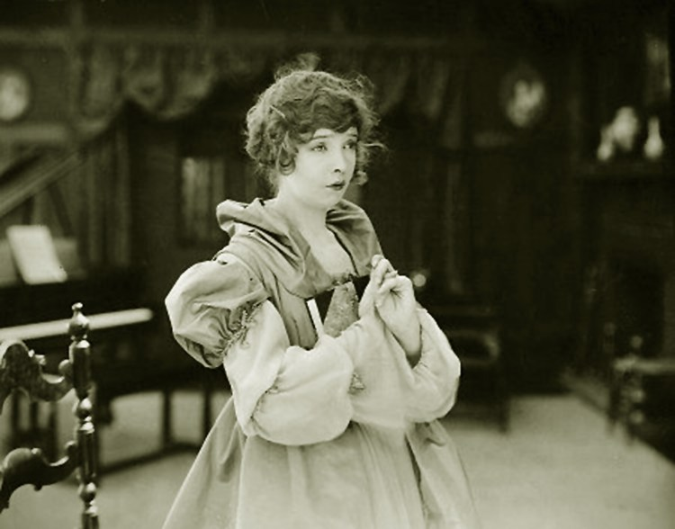 Lillian Gish - The Great Love (1918)