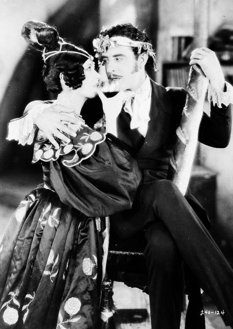 Renee Adoree and John Gilbert - La Boheme - Musette and Rodophe