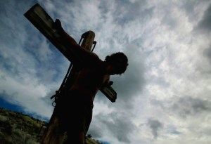 Jesus-on-cross2_DesignPicsInc