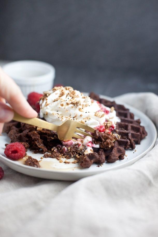 Dark Chocolate Protein waffles with berries www.lillieeatsandtells.com