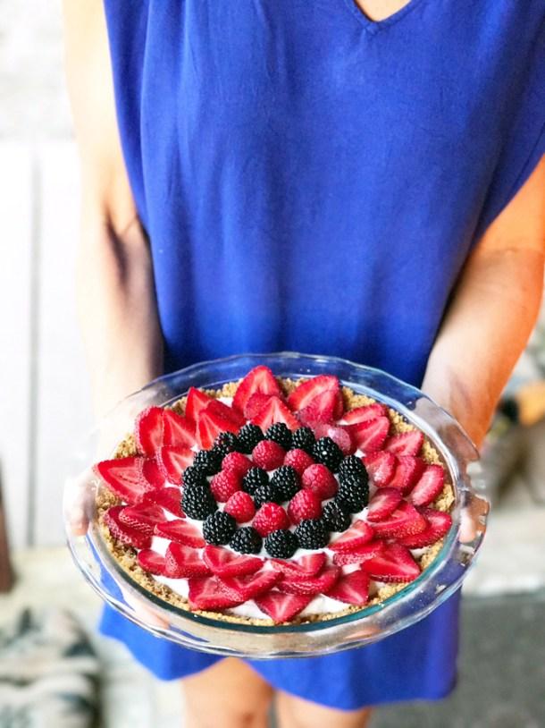 Greek Yogurt and Berry Tart www.lillieeatsandtells.com