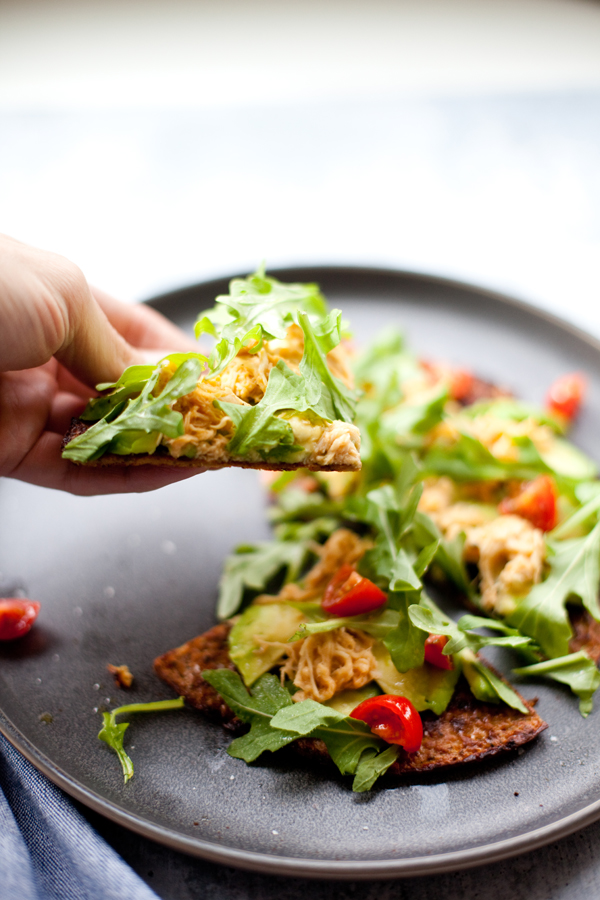This recipe is a healthy alternative to those pizza lovers. www.lillieeatsandtells.com