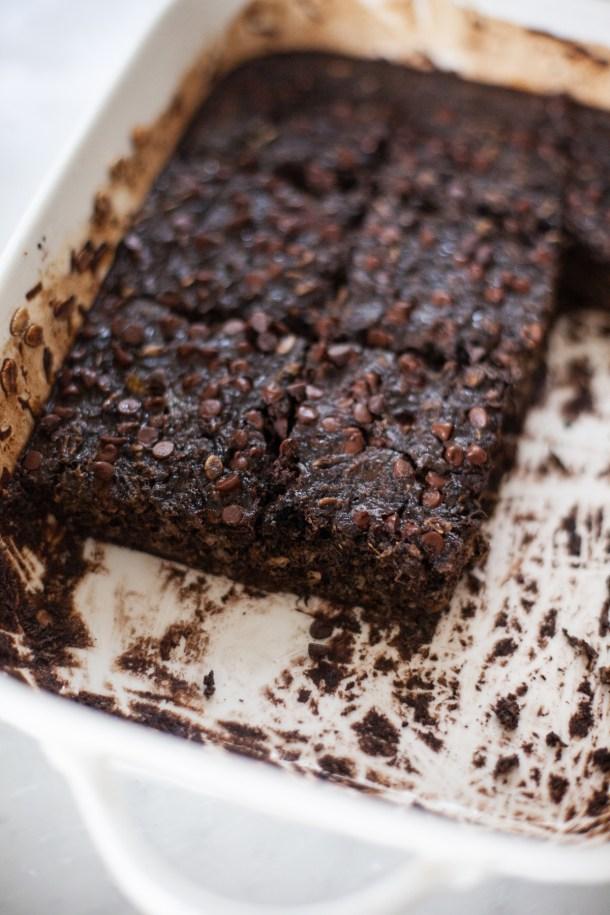 macro friendly recipe for brownie baked squash oats by www.lillieeatsandtells.com