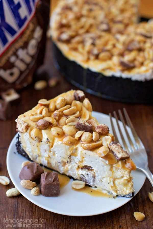 NoBake Snickers Cheesecake