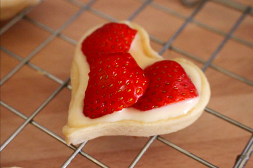 strawberry tart on a wire rack