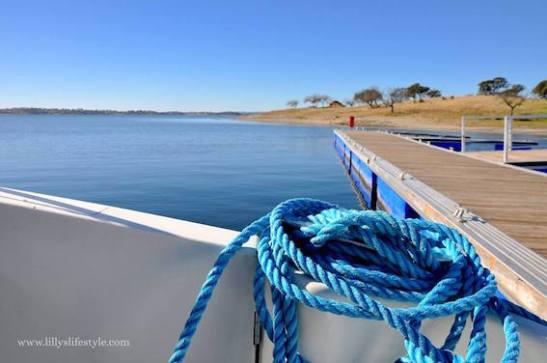 barca-lago-alqueva-portogallo-7