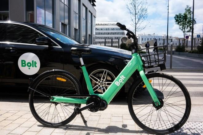 lisbona girare in bicicletta elettrica