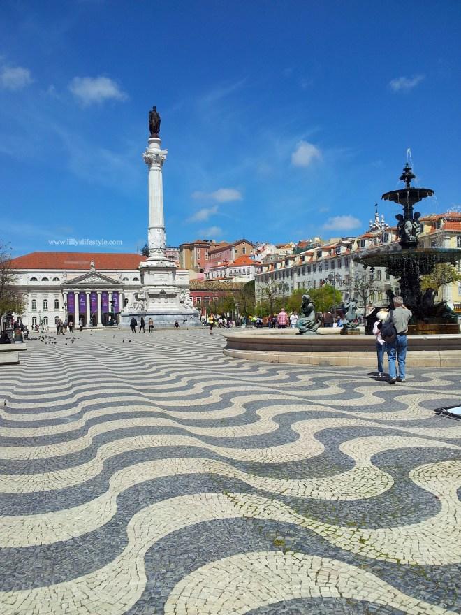 piazza rossio lisbona portogallo
