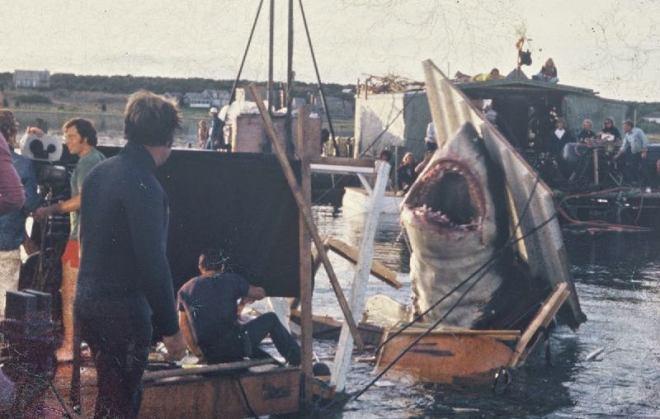 location film lo squalo