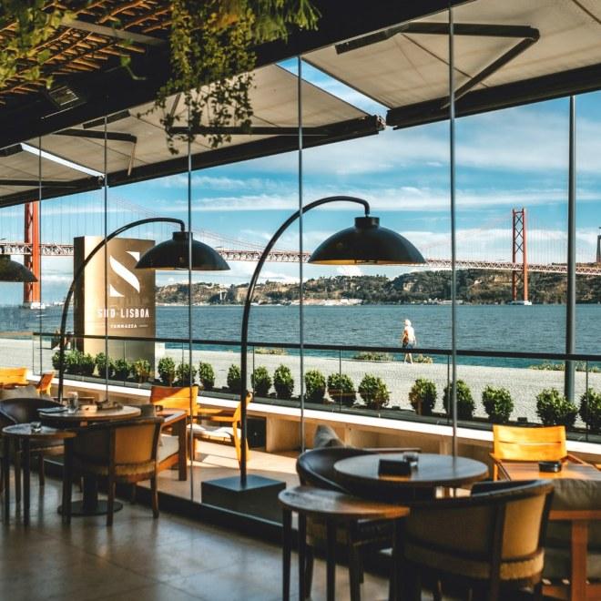 lisbona ristorante bar con terrazza con vista