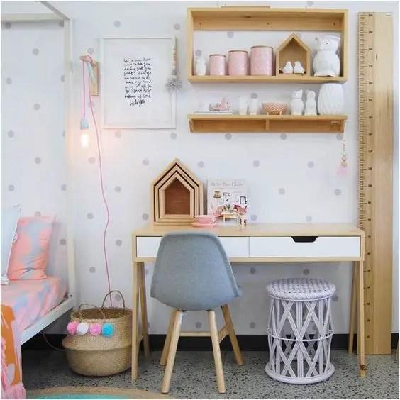 bureau-blanc-bois-hetre-sur-mesure-enfant