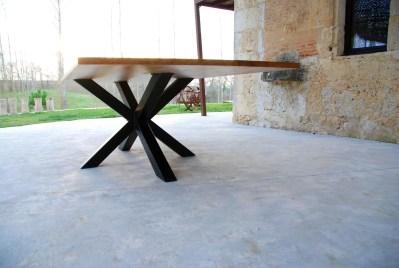 Table chêne pieds mikado