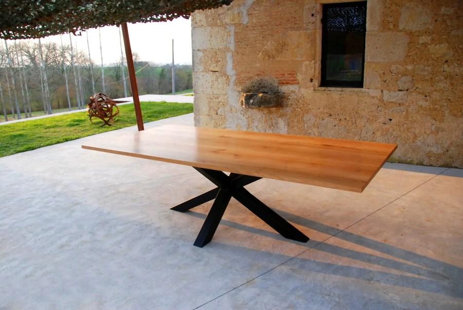 Table industrielle avec pied mikado