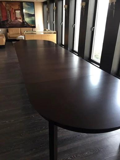 Table de réunion avec rallonges