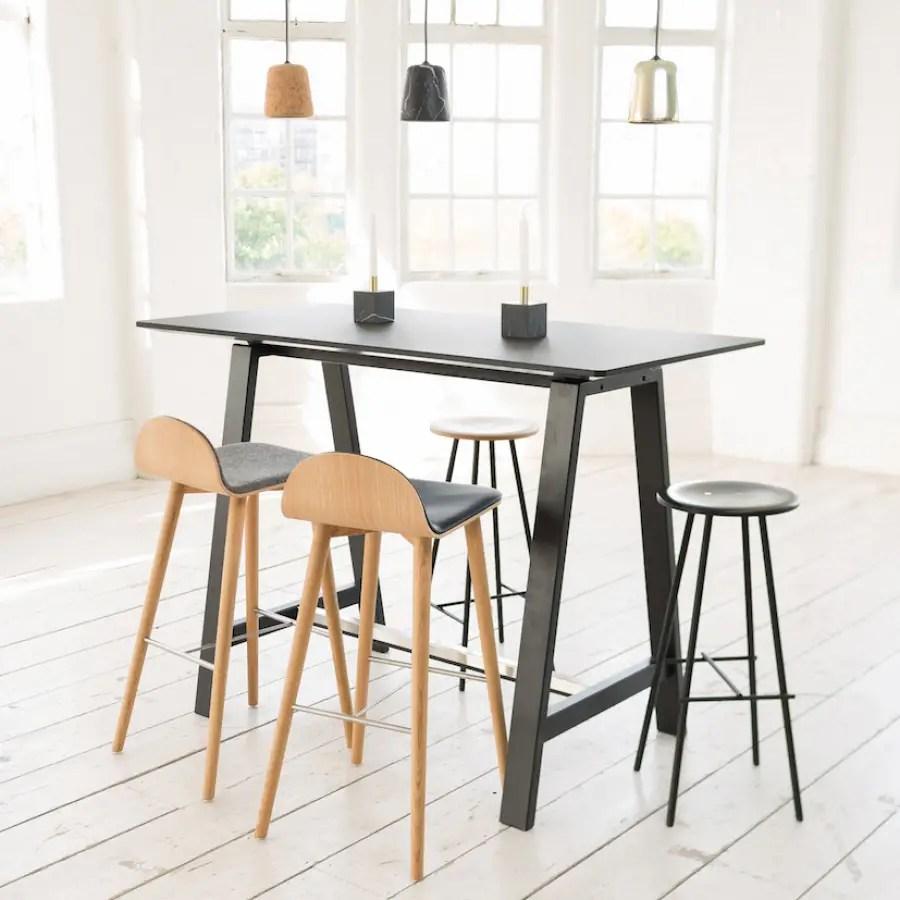 table mange-debout avec pieds de 110 cm