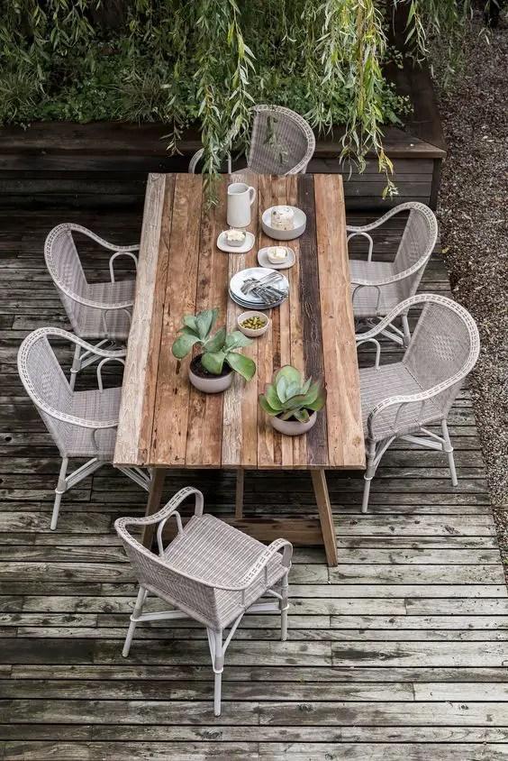 Table extérieure en teck