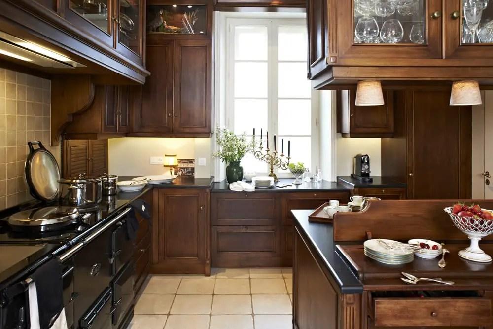 cuisine en aulne rouge brut