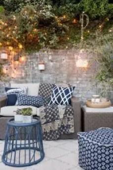 aménagement terrasse : guirlande lumineuse