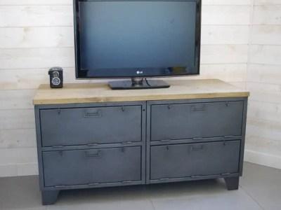 meuble tv industriel militaire avec casiers à clapets