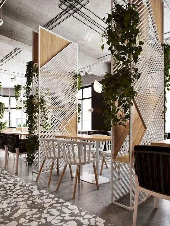 claustra restaurant