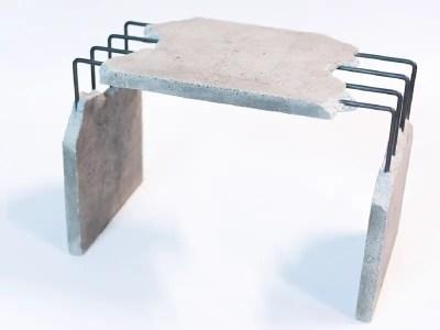 Table basse en béton brut