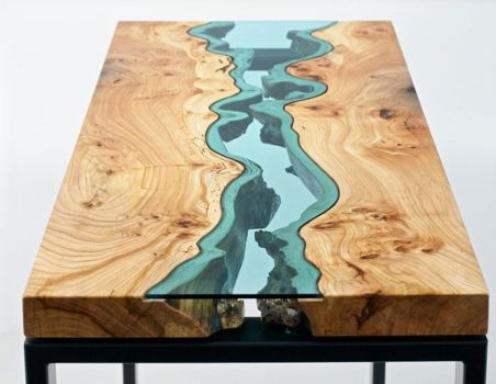 River-table résine epoxy bleue