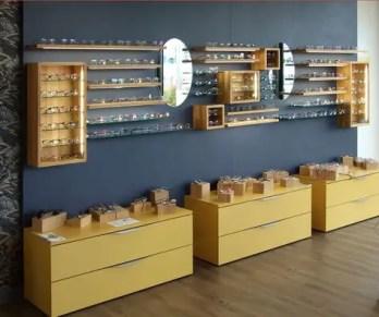 mobilier magasin optique