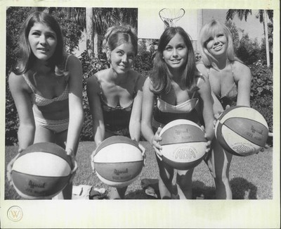 1970 Miami Floridian Ball Girls