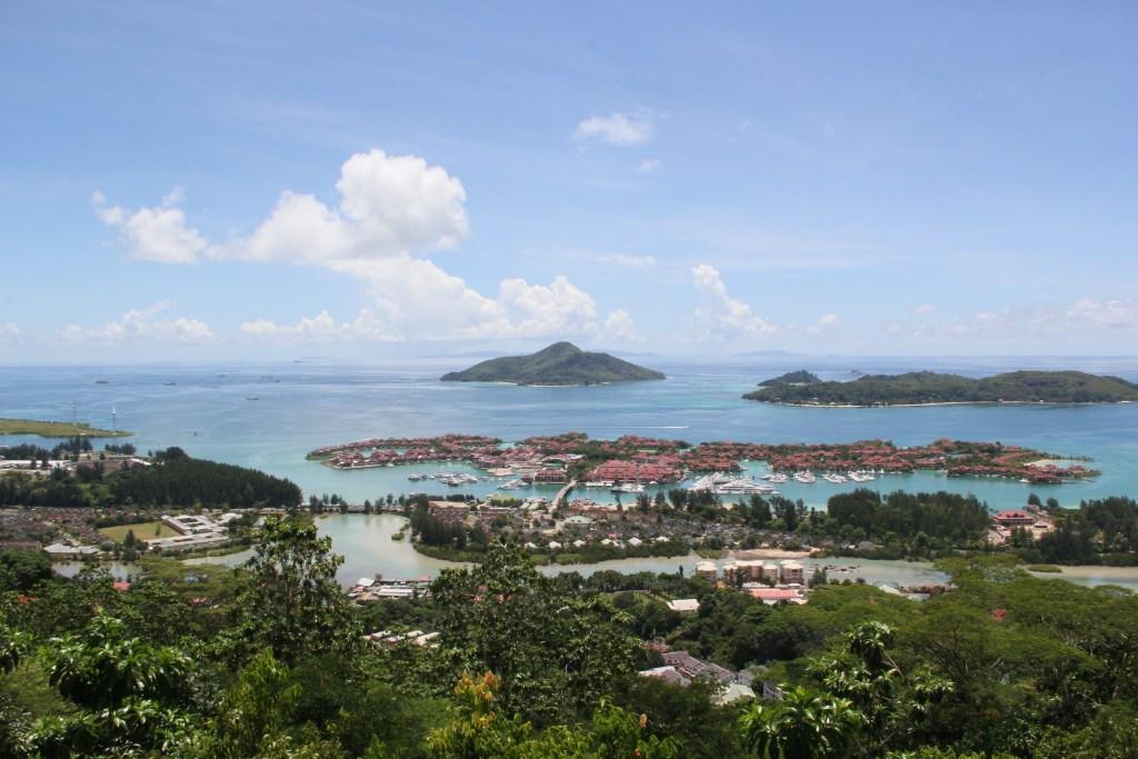 Lilmissbelle- Seychelles