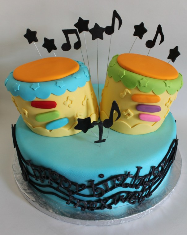 Fondant Cake Bongos