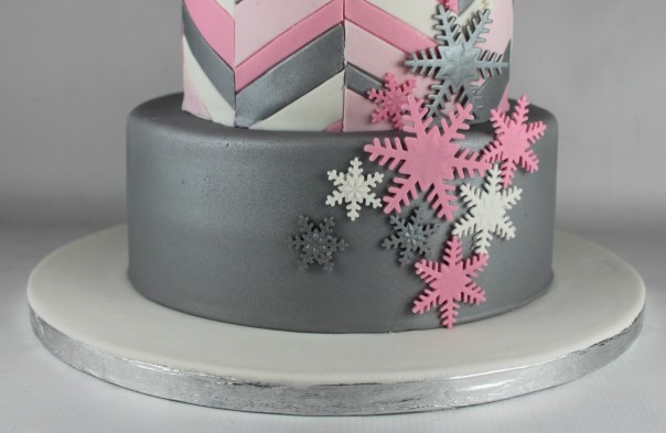 Metallic Silver Cake Tier