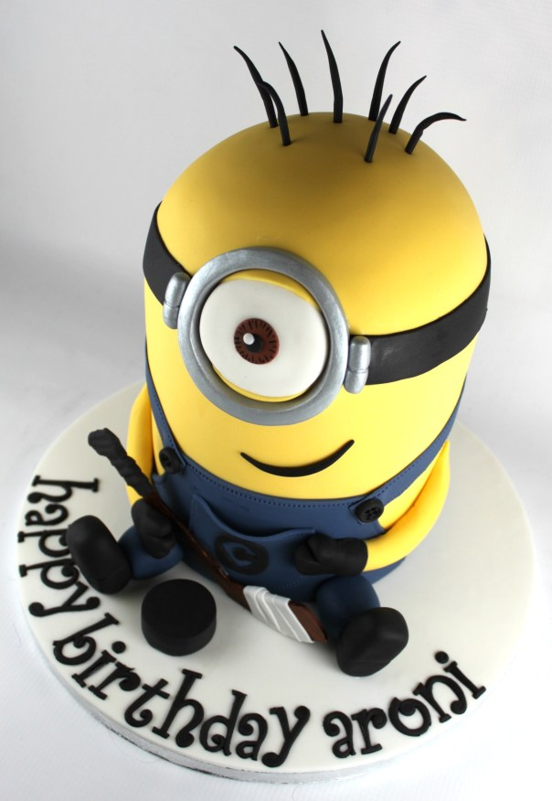 Fine Minion Birthday Cake Lil Miss Cakes Personalised Birthday Cards Paralily Jamesorg