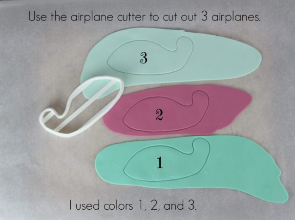 Cut out 3 airplanes | Lil Miss Cakes