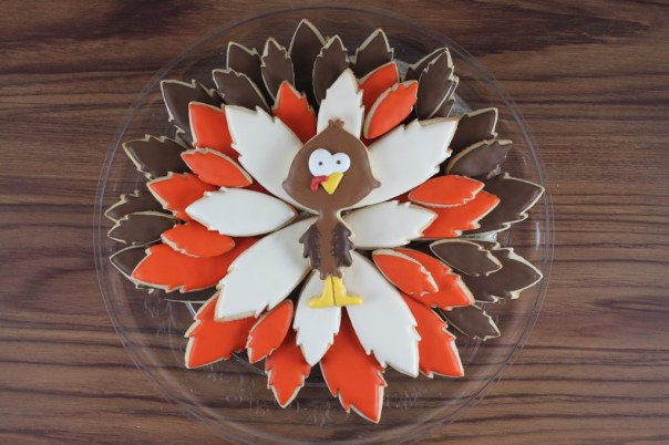 Thanksgiving Turkey Cookie Platter | Lil Miss Cakes