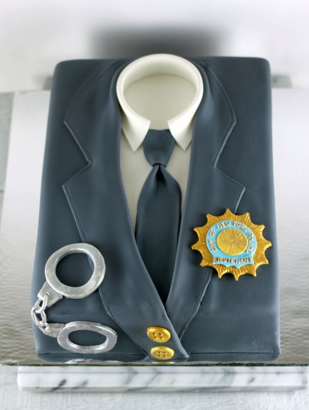 NYPD Lieutenant Cake   Lil Miss Cakes