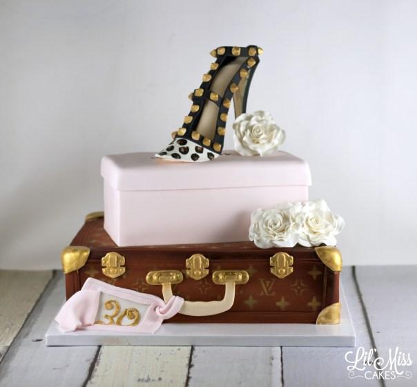 Fashion Birthday Cake   Lil Miss Cakes