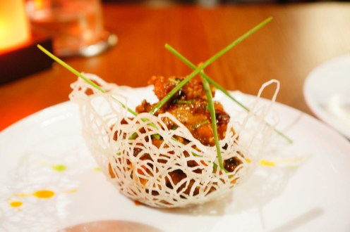 Si-chuan wok-fried duck