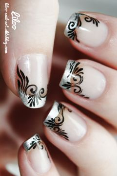 https://liloonailart.wordpress.com/2012/11/02/nail-art-arabesques-golden-rose-polishinail-shop/