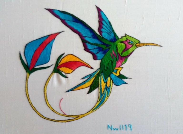 colibri brodé à la main