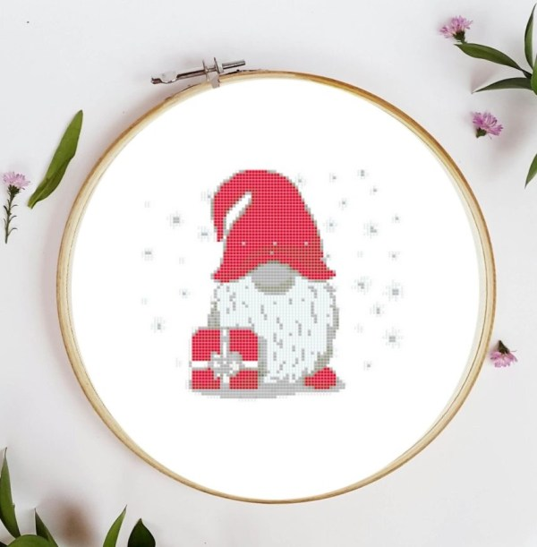 Point de croix Noel gnome