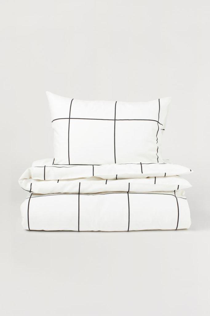 Parure de lit noire et blanche rayée de chez H&M Home