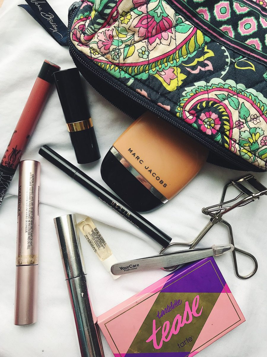 Taking a Lil' Peek Into my Makeup Bag for Short Travels